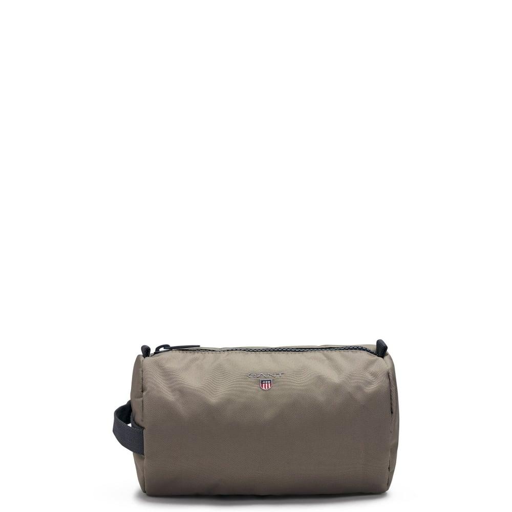 a834d31cc9 GANT CLASSIC WASH BAG - Accessories from Signature Menswear UK